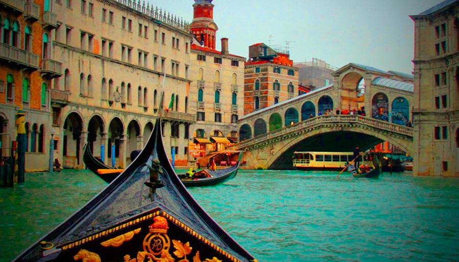 Passeios-de-gôndola-em-Veneza1