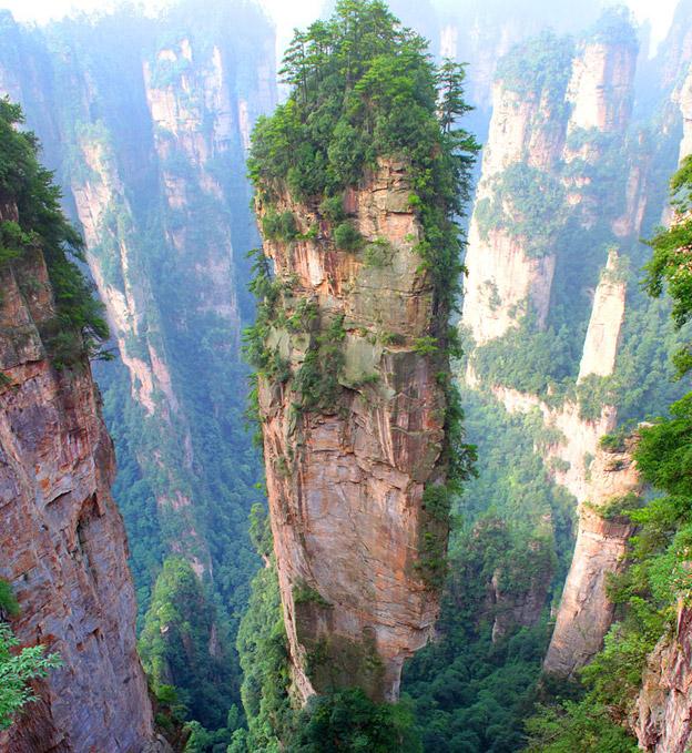 Montanhas-Tianzi-China